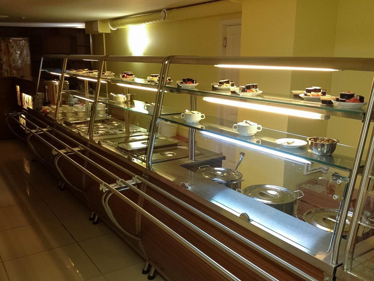 Линия раздачи ресторана – 2011 год